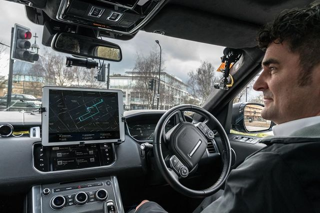 Foto Jaguar Land Rover forscht AutopleX Projekt